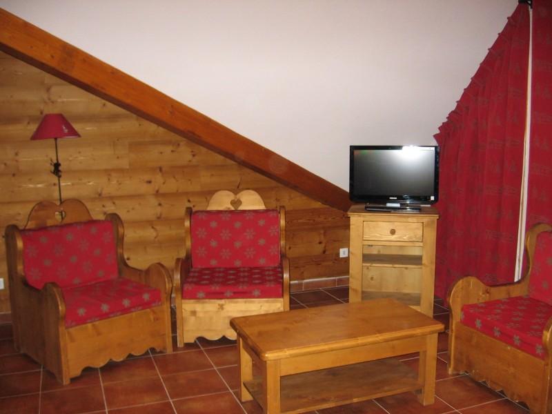 salon-dans-appartement-residence-rochebrune-orcieres-labellemontagne-odalyss-12565